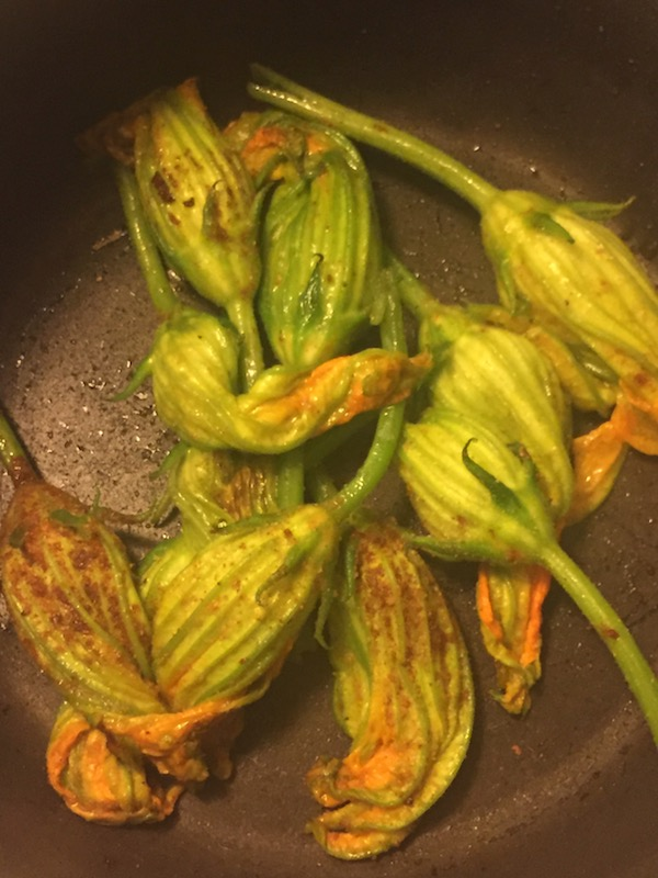 squash-blossoms-acw-healthy-lifestyle