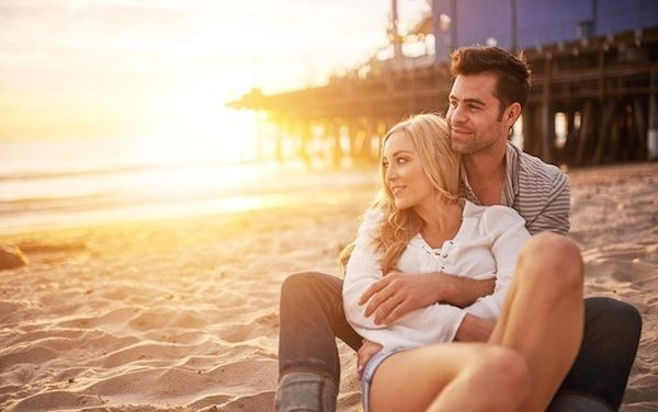 first-date-dates-beach-acw