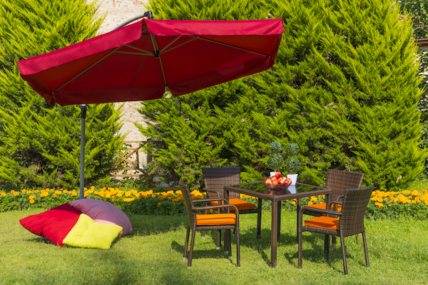 Interesting-Shading-Solutions-5-Ways-to-Bring-Shade-to-Your-Outdoor-Space