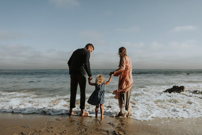 5-Tips-on-Planning-the-Best-Family-Vacation-acw-beach-anne-cohen-writes