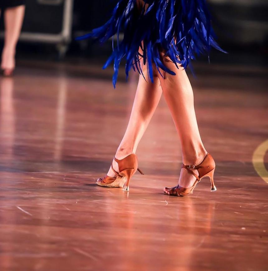5-Tips-to-Buying-the-Perfect-Ballroom-Dancing-Shoes-acw-anne-cohen-writes