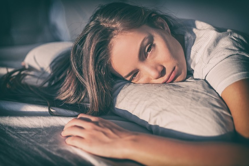 8-Reasons-Youre-Waking-Up-Mid-Sleep-ACW-anne-cohen-writes