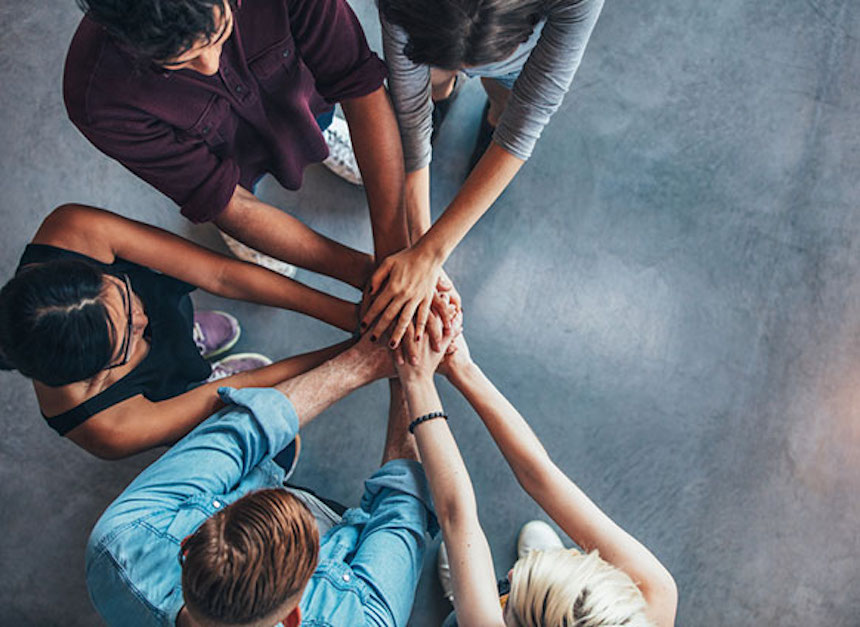 5-Tips-for-Creating-Team-Spirit-in-Your-Company-acw-anne-cohen-writes