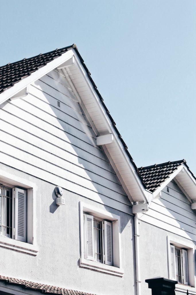 Exterior-Maintenance-The-Dangerous-Gutter-Repairs-acw-anne-cohen-writes